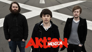 Mikroboy &#038; Aktion Mensch<br><h10>Mikrobody donates track for charity</10>